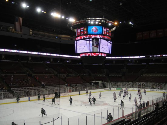 The Value City Arena at the Jerome Schottenstein Center : Hockey Game