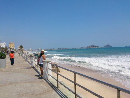 Hotel Don Pelayo Pacific Beach: El malecon