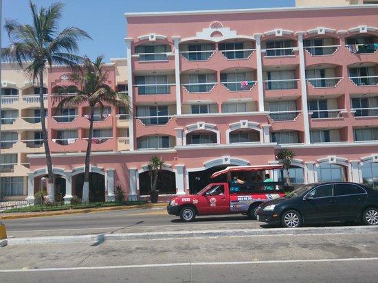 Hotel Don Pelayo Pacific Beach: Vista del hotel