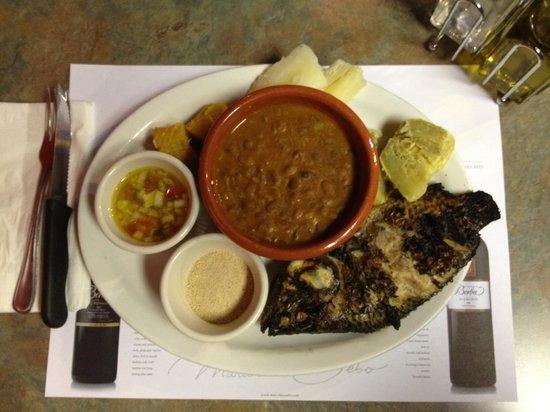 Restaurant Luanda: Grilled Tilapia.
