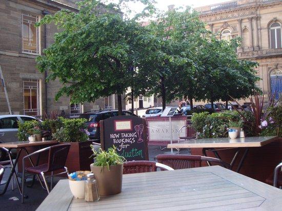 Amarone Glasgow: Outdoor seating