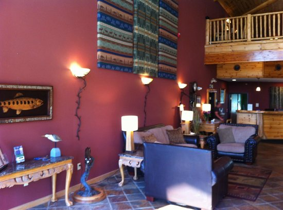 Crooked River Lodge: Lobby