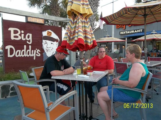 Big Daddy's Restaurant: Outside area