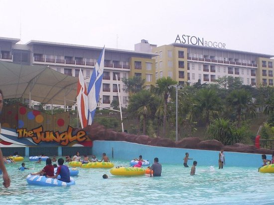 ‪The Jungle Waterpark‬