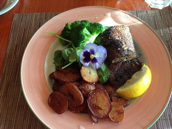 blackened cajun whitefish at the grandview inn dining room