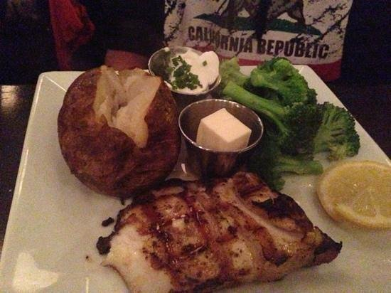 Zane's : Seabass with Baked potato and steamed broccoli