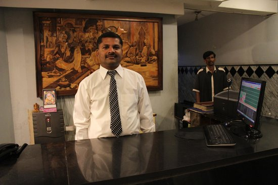 Hotel Aashraya : front office