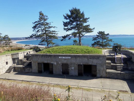 Fort Casey State Park: Fort Casey - March 31, 2013