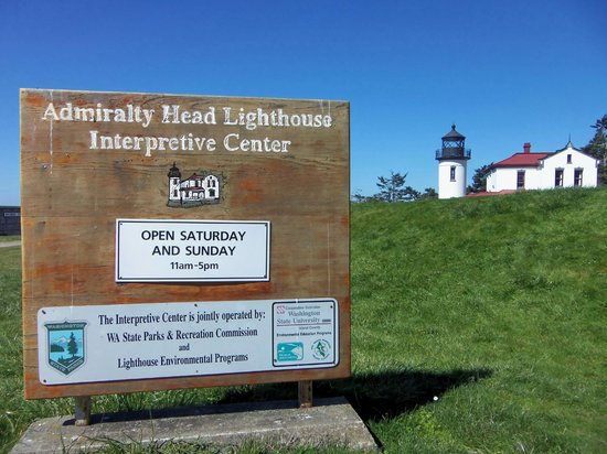 Fort Casey State Park: Sign to the Admiralty Head Lighthouse - March 31, 2013