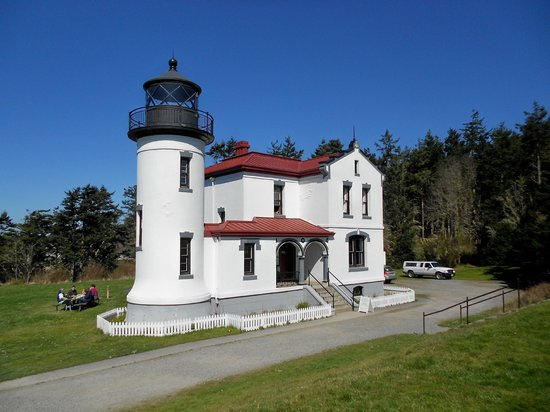 Fort Casey State Park: Admiralty Head Lighthouse - March 31, 2013