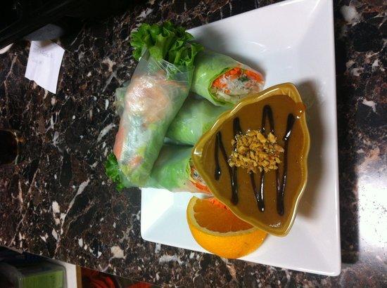 Bangkok Thai: Fresh rolls