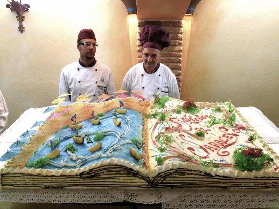 Hotel Club Saraceno : the biggest cake I have ever eaten!!