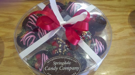 Springdale Candy Company : Freshly dipped strawberries for Mother's Day