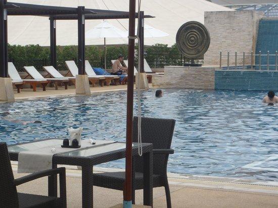 Millennium Resort Patong Phuket: pool