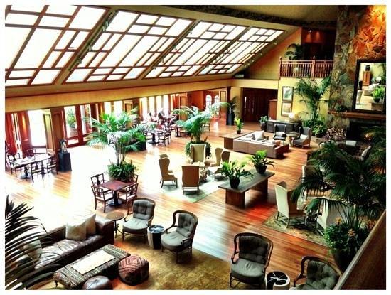 Four Seasons Resort Lana'i, The Lodge at Koele: the lobby