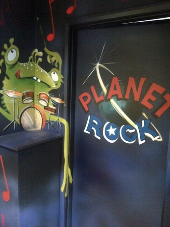 The Play Factory: Party room - Planet Rock