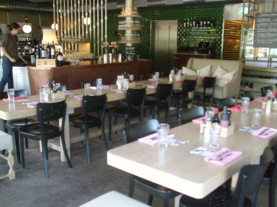 Sternen Grill: Upstairs dining