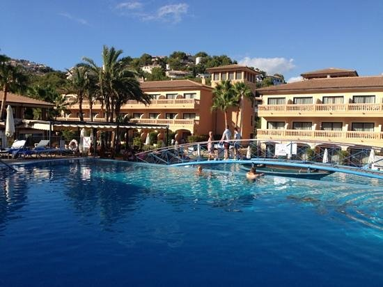 Mon Port Hotel & Spa: pool