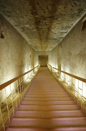 Tell el-Amarna: View into the Royal Tomb down the long steps