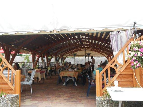 Hotel au Soleil : vue de la magnifique veranda