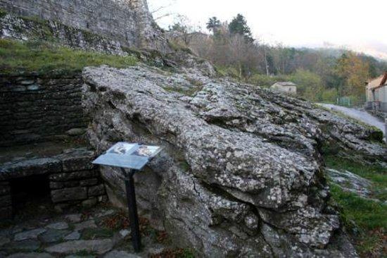 Chiusi della Verna, Italie : La roccia