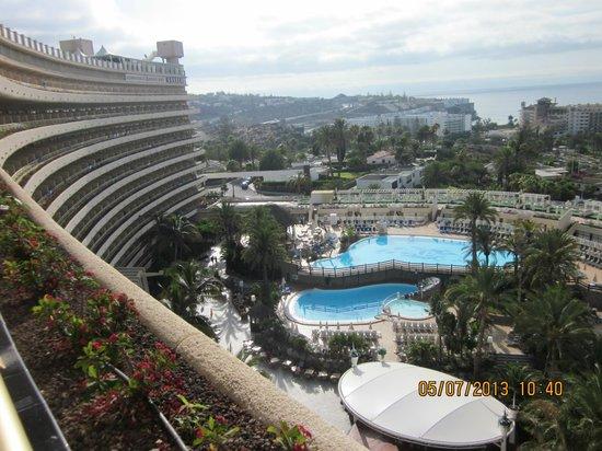 hotel gloria pala: