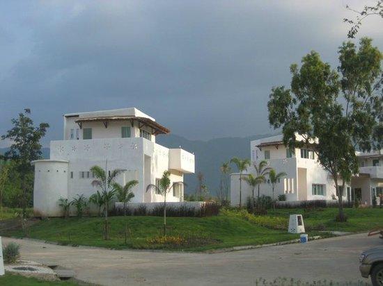 Aurora Resort Khao Yai: ขนาดมีละอองฝน