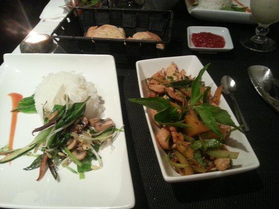 bb wok: Poulet sauté à l'ananas