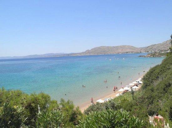 Island Blue Hotel: View of the beach from Philosophia Restaurant