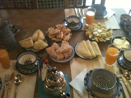 Dar Houdou Guest House: Delicious breakfast