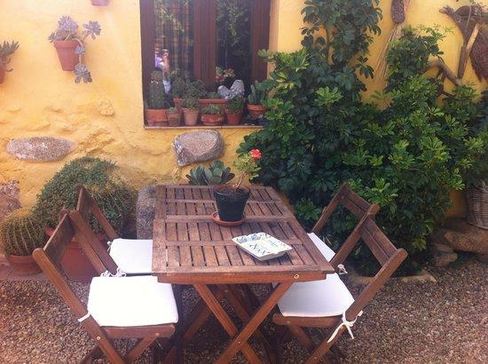 Casa Rural Don Alvaro de Luna: Patio, magnífico sitio para desayunar y descansar
