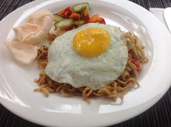 Parigata Villas Resort: Breakfast - mie goreng