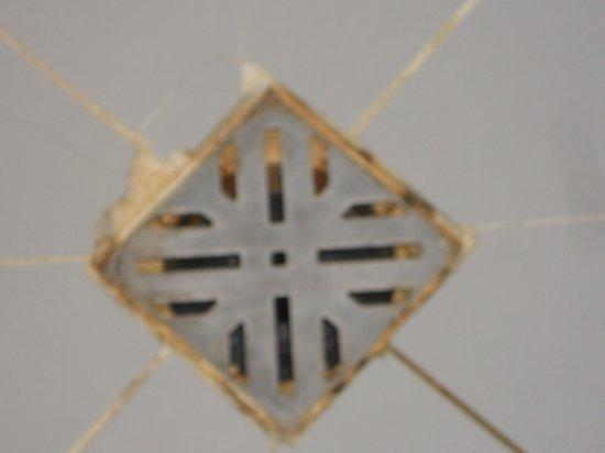 Hotel Centro: Siphon de la douche