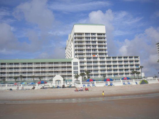 Daytona Beach Resort and Conference Center: Daytona Beach Resort from the Beach