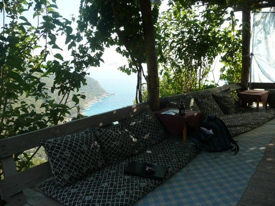 Fullmoon Camp: Lounge area