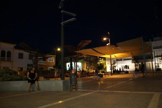 Hotel Los Galanes: Ayuntamiento Armilla