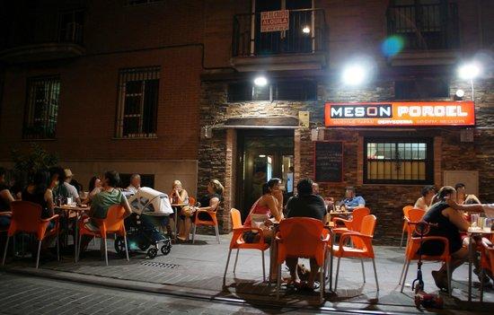 Hotel Los Galanes: Bar de copas y tapas en Armilla