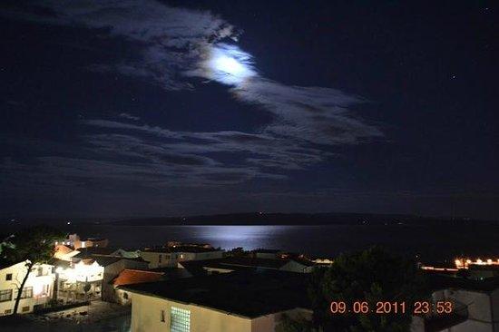 Dorijini Dvori: Вид с балкона на море