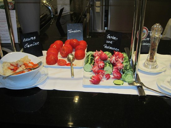 Arcotel Camino: vegetables, more than is normally offered to the customer