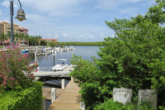 Bayfront Inn 5th Ave: view out to the marina