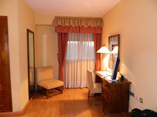 Hotel Alcazar : camera