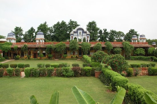 Bundelkhand Riverside: El hotel
