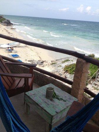 La Posada del Sol: balcoy and view of beach