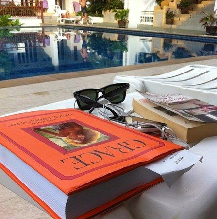 Koh Tao Montra Resort & Spa: Poolside