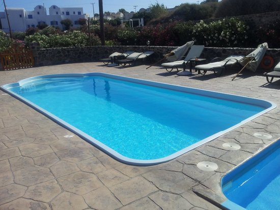 Anessis Apartments : Pool