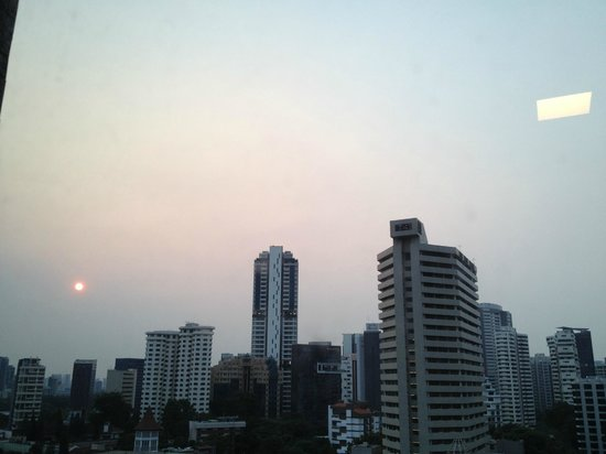 8 on Claymore Serviced Residences : Looking onto Orchard Street