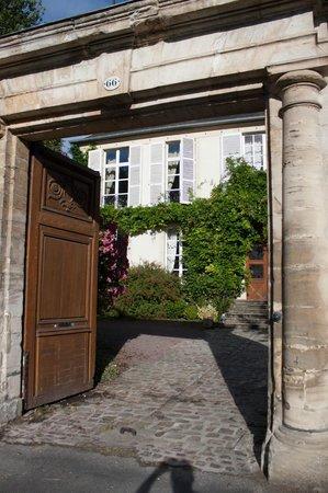 Relais Saint-Loup: L'entrée