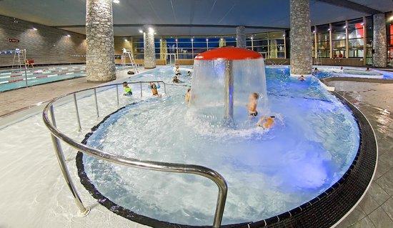 Centre Aquasportif: bassin ludique