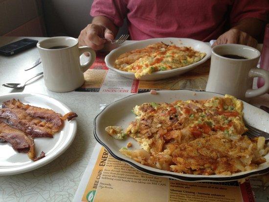 Village Diner: Western omelet