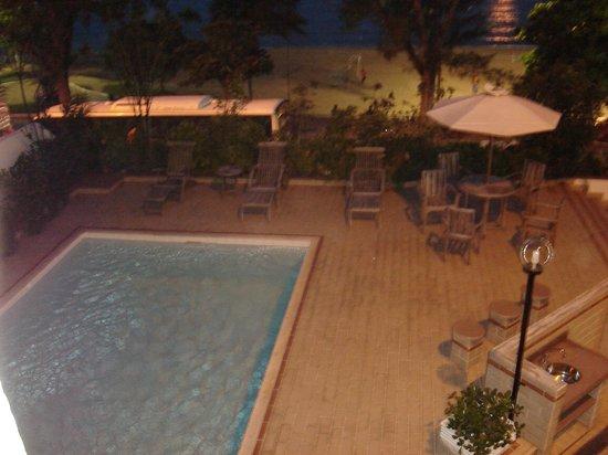 Lagos Copa Hotel: Piscina de frete para a Praia